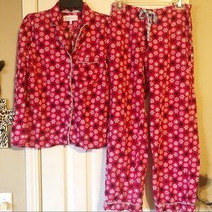 Victoria's Secret snowflake pajama set